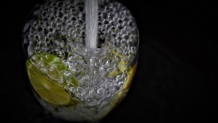 Trinkwasser gilt es besser gegen negative Einflüsse zu schützen.